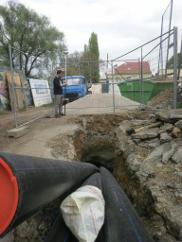 Geodet při práci